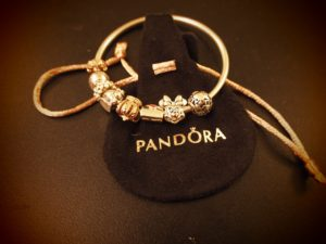 Pandora Minnie Mouse Charm